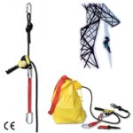 Dispozitiv de salvare coborator. Se vinde ca si kit de salvare: dispozitiv coborator; franghia de lucru L=30m; conectori (3); chinga; cu?it; geanta pentru transport